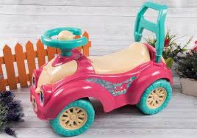 Какой детский транспорт купить ребенку трех лет?