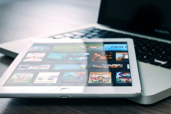 Telefonica интегрирует контент Netflix на свои платформы