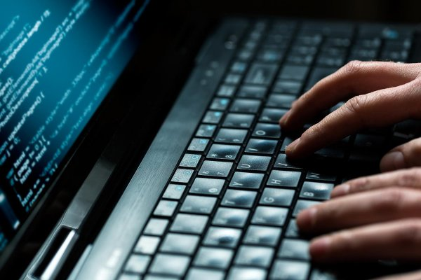 Цифровое сопротивление: Хакеры оставили послание на азбуке Морзе в выгрузке Роскомнадзора